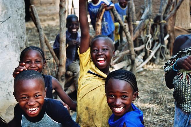 Enfants maliens credit: ar.wikipedia.org
