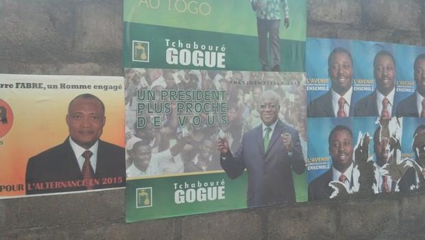 Affiches de quelques candidats à Lomé credit:eli.mondoblog.org
